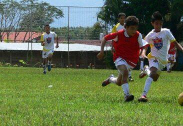 Escuela GRAN GRIFFTITH LOGRA SEGUNDO LUGAR EN LA GOLLO COPA ESCOLAR 2013