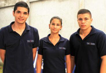 Jóvenes del TEC  crean aplicación para autobuses