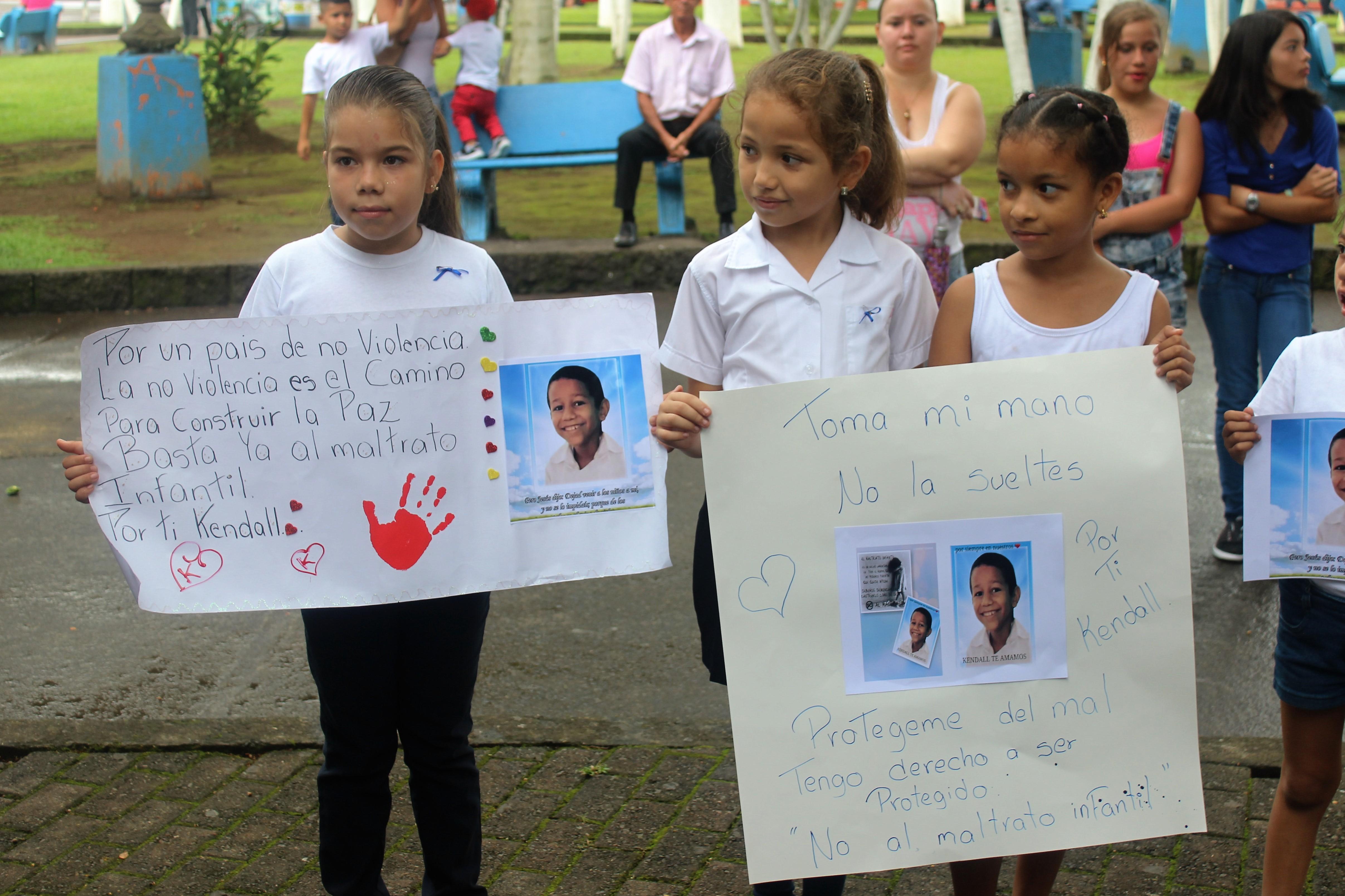 Guápileños marcharon contra el maltrato Infantil