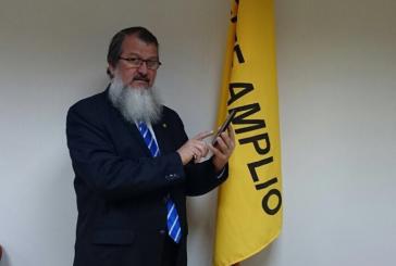 "Diputado Gerardo Vargas se opone a política de ""uso justo""."
