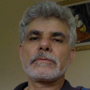 Ingeniero Oscar Garro. Experto en el desarrollo de proyectos hidroeléctricos, y principal detractor de los planes de Coopelesca en la zona de Pococí.