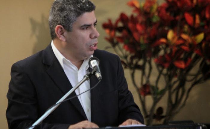 Frank Camacho y Diego Miranda denuncian ante fiscalía a coordinador del Festival de la Luz