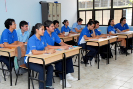 Si de terminar el colegio se trata, la UCR tiene más de 360 proyectos que lo apoyan