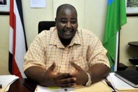 Contraloría aplica sanción salarial a Alcalde de Limón