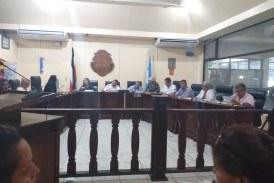 Alcaldesa y regidores de Pococí intentan limitar libertad de grabar sesiones municipales