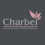 Charbel, Detalles religiosos, flores y decoración