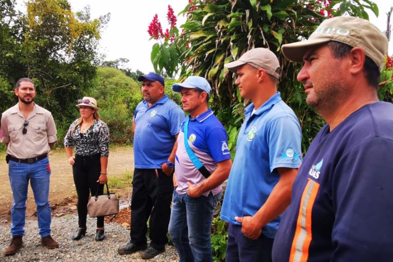 2.000 FAMILIAS DE SAN PEDRO DE PÉREZ ZELEDÓN CONTARÁN MODERNO SERVICIO DE AGUA POTABLE CON EL APOYO DEL INDER