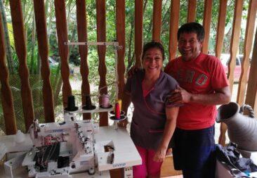 FAMILIAS DE OROTINA Y ESPARZA RECIBEN EQUIPO DE TRABAJO PARA SUS EMPRENDIMIENTOS