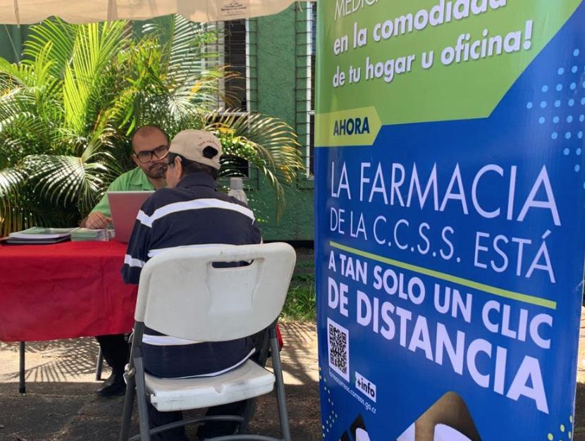 Pacientes crónicos de la clínica Carlos Durán ya pueden solicitar envío de medicamentos a domicilio con FarmaCorreos
