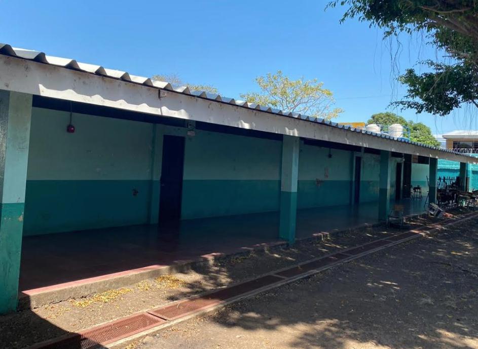 Defensoría reitera alerta por deterioro de varios centros educativos