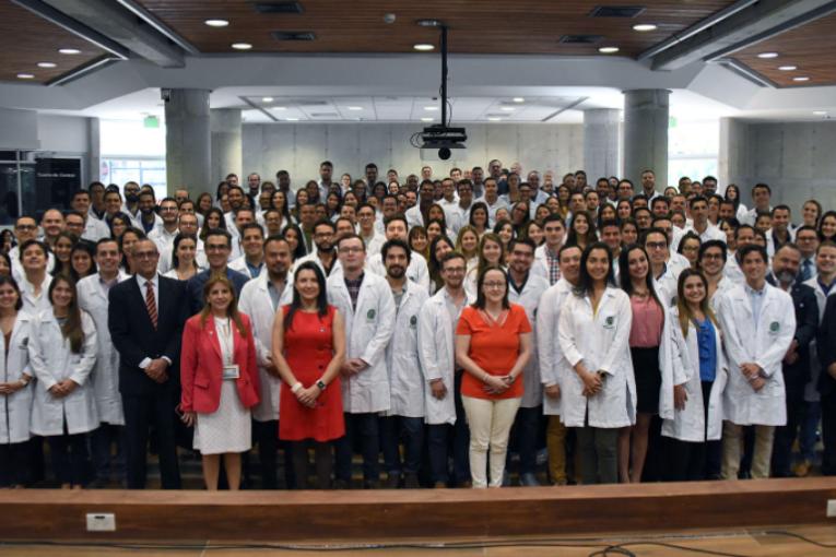 La UCR está formando 886 especialistas en alguna de las 57 áreas de mayor urgencia nacional