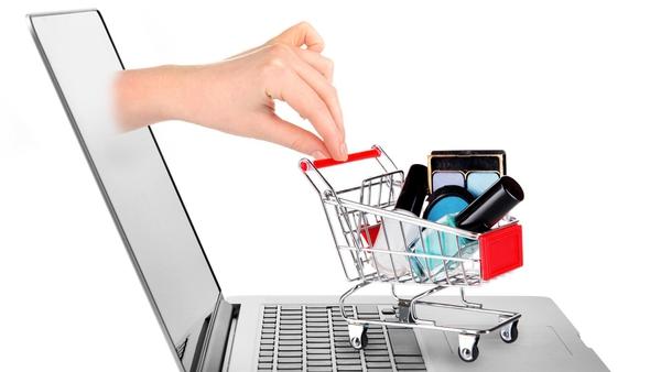 Cuidado: Las compras en línea podrían generarle más gastos