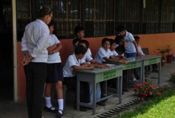Prevenir la re-victimización y garantizar derechos de personas menores de edad en sistema educativo