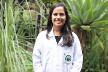 Joven de la UCR, que descubrió un parásito, gana premio internacional por su carrera científica