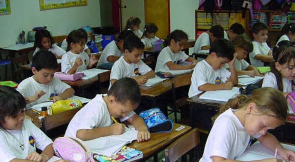 Defensoría demanda acciones para atender estudiantes que desertaron de curso lectivo 2020