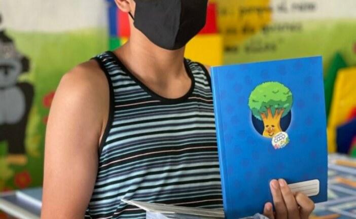 INFOCOOP distribuyó 3 mil cuadernos entre niños de bajos recursos