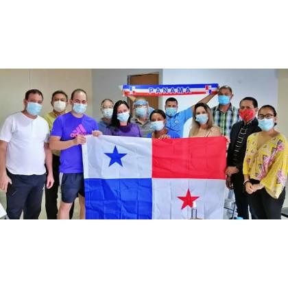 En Panamá: La Coordinadora Nacional de Solidaridad con Cuba-Capítulo Panamá Oeste, visita a médicos de las Brigadas Internacionalistas Henry Reeve.