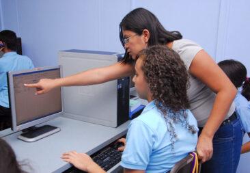 La UCR evaluará el dominio del inglés del estudiantado que concluye la secundaria