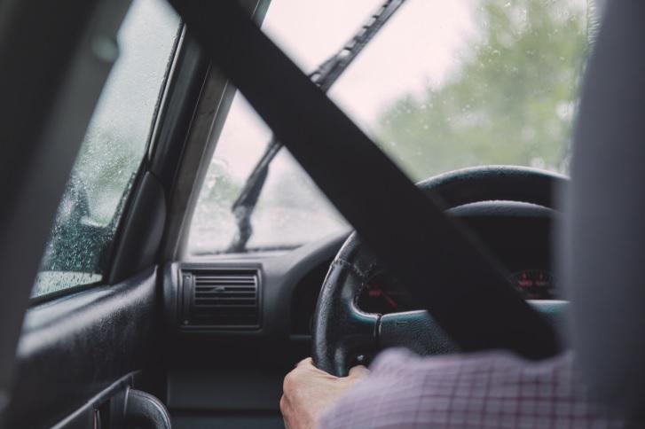 Accidentes de tránsito en época lluviosa  aumentan por errores en la conducción