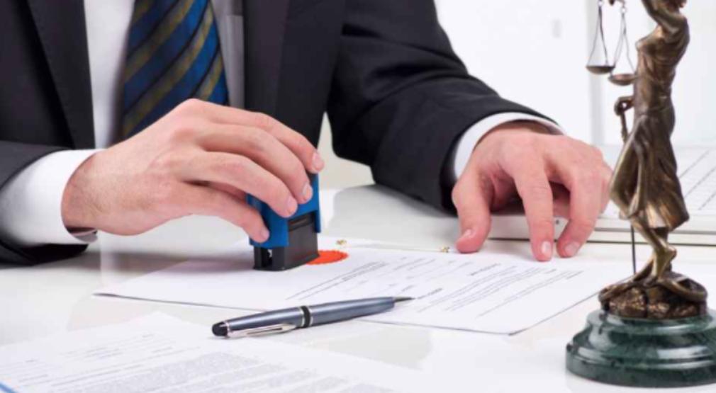 Comisión de Asuntos Jurídicos rechaza proyecto para prohibir a diputados y diputadas ejercer profesiones remuneradas.